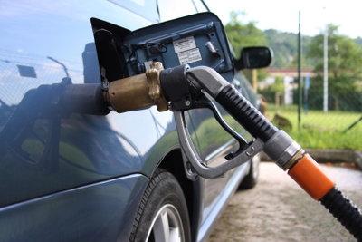 Mit Verhältnisgleichungen ermitteln Sie den Kraftstoffverbrauch.