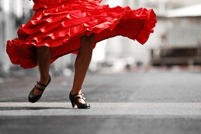Flamencotänzer bringen Rhythmus in die Hochzeitsfeier.