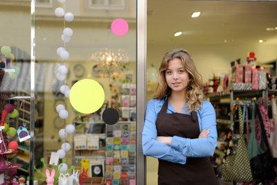 Die Arbeitsvorgänge im Einzelhandel sind vielfältig.