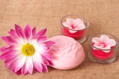 Heute ist Seife ein beliebtes Wasch- und Kosmetikmittel.