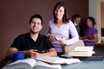 Berufsfachschulen können eine betriebliche Ausbildung ersetzen.