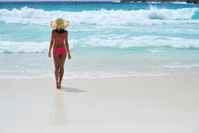 Mit diesen Tipps gegen Pickel müssen Sie am Strand nichts mehr verstecken.