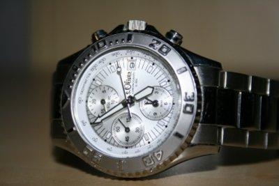 Gute Uhren müssen nicht alles können.