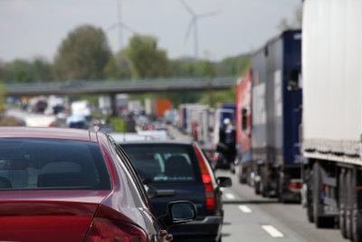 Viele Fahrzeuge belasten die Umwelt.