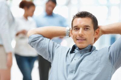 Eine Unternehmensberatung hilft Firmen bei betriebswirtschaftlichen Fragen.