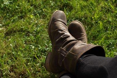 Damit die Schuhe schön bleiben, benötigen sie Pflege.