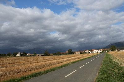Ein wetterwendischer Tag bringt wechselhaftes Wetter.