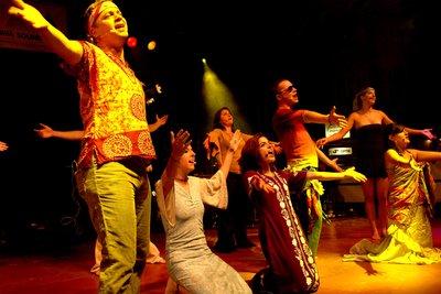 Viele Hippie-Songs stammen aus dem Musical Hair.