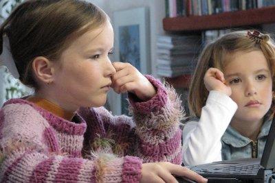 Mit Ihren Kinder können Sie Bild-Bingo am Computer erstellen.