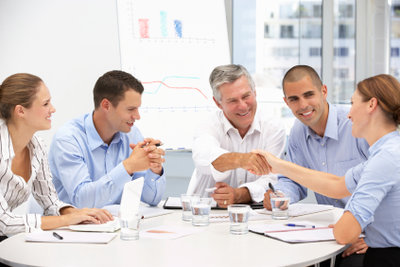 Mit Controlling-Fachleuten schaffen Unternehmen eine optimale Planung.