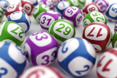 Lotto ist ein Glücksspiel.