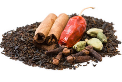 Tee kann die Verdauung anregen.
