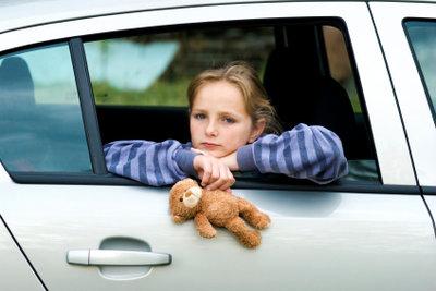 Versicherung für Schadensregulierung beim Transport fremder Kinder nutzen.