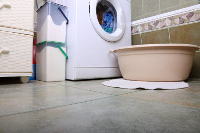 Die Waschmaschine sollte regelmäßig gereinigt werden.