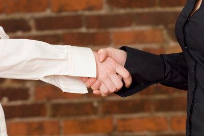 Verträge per Handschlag gibt es noch.