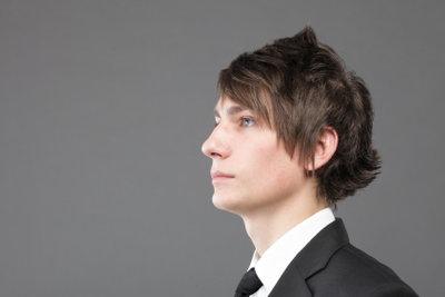 Trendy Frisuren für Jungs