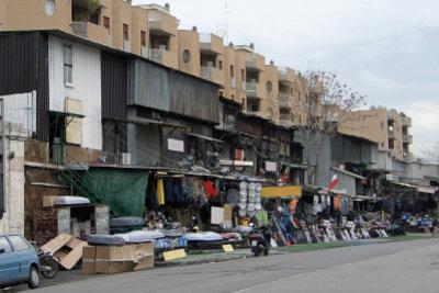 Flohmärkte als Verkaufsort für Taschenbücher nutzen