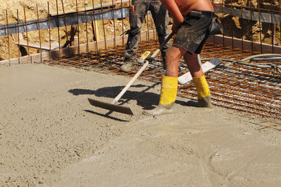 Beton gießen ist im Sommer leicht - bei Frost müssen Sie hingegen einiges beachten.