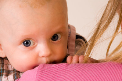 Kindergeldzuschlag kann es auch schon für Babys geben.