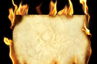So heiß wird Feuer bei Bränden.