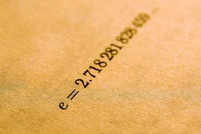 Die Eulerzahl e ist irrational.