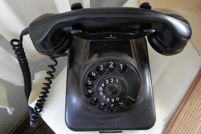 Telefonnummern in sozialen Netzwerken angeben?