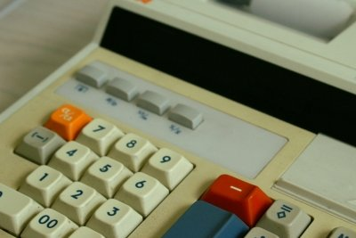 Kontinuierliche Buchführung erleichtert die Steuererklärung.