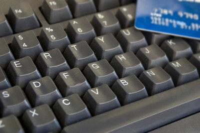 Girokonto und Bankkarte für bargeldlosen Zahlungsverkehr notwendig