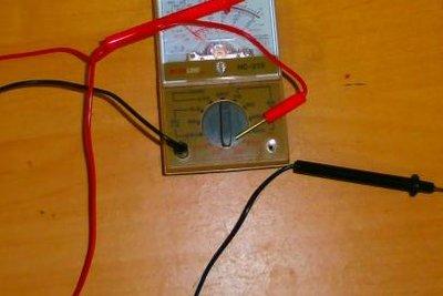 Ein Mulitmeter ist leicht zu bedienen.