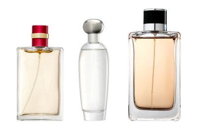 Die Parfümeriefachverkäuferin hat einen schönen Job.
