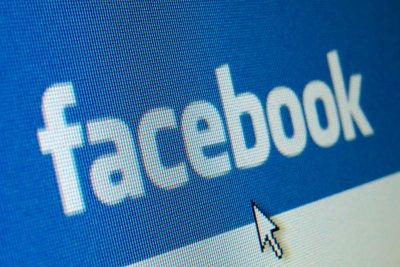 E-Mail-Adressen bei Facebook hinzufügen und löschen
