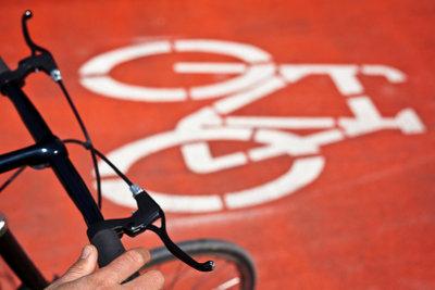 Der Fahrradlenker sollte ergonomisch geformt sein.