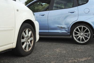 Bei jedem Verkehrsunfall nie unerlaubt entfernen
