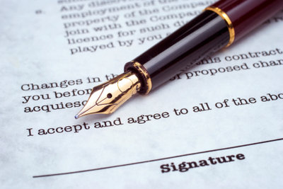 Arbeitsverträge können nicht widerrufen, aber gekündigt werden.