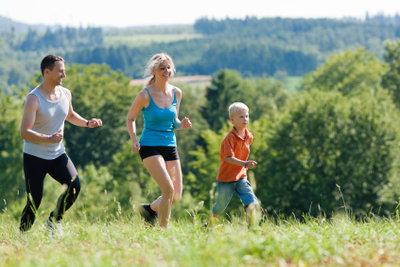 Sport ist gesund und unterstützt das Abnehmen.