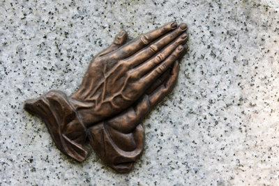 """Das viel reproduzierte Werk """"Betende Hände"""" stammt von Dürer."""