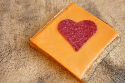 Damit Sie Ihren Käse herzhaft genießen können ist die richtige Aufbewahrung wichtig.