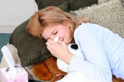 Bei Schnupfen ist an Schlaf oft nicht zu denken.