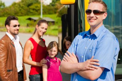 Busreisen sind häufig günstig.