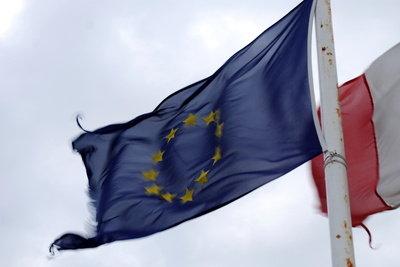 Beim EU-Import fällt Einfuhrumsatzsteuer an.