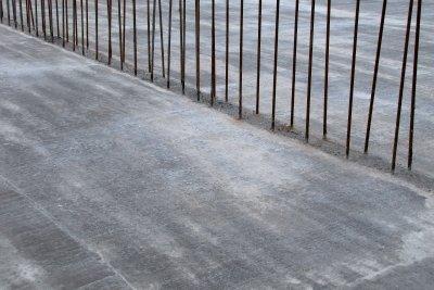 Vermeiden Sie Schäden an Betonböden.