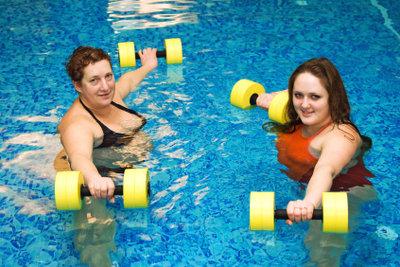 Wassergymnastik, eine spezielle Form der Krankengymnastik.
