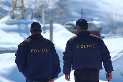 Bei Einsätzen ist die Polizei weltweit als solche gekennzeichnet.