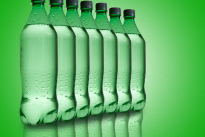 Am besten ist stilles Wasser aus der Glasflasche.