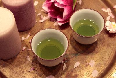 Grünen Tee optimal zubereiten.
