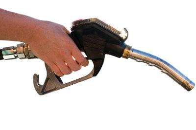 Mit Winter-Premiumdieselkraftstoff startet das Auto auch bei großer Kälte.
