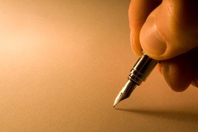 Schreibend gestalten Sie eine neue Welt.