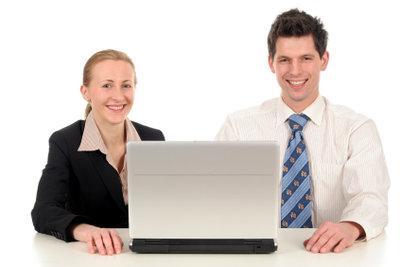 Administrative Tätigkeiten werden im Büro ausgeübt.
