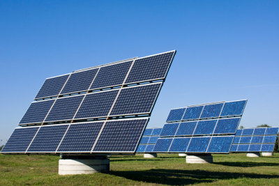 Solaranlagen können unterschiedliche Funktionsweisen haben.