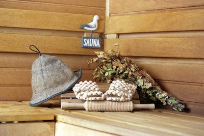 Die Sauna belebt Körper und Geist.